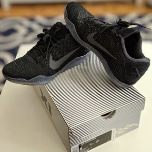 Kobe XI Elite Low (Black/Black/Black)